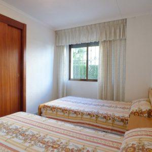 dormitorio apartamento guardamar
