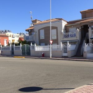 fachada-bungalow-bajo-torrevieja