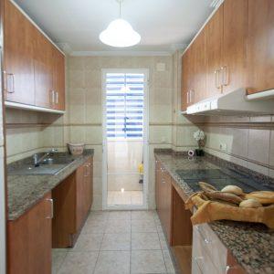 apartamento-guardamar-cocina
