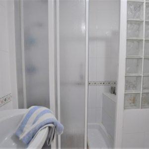 baño-bungalow-orihuela-costa-1