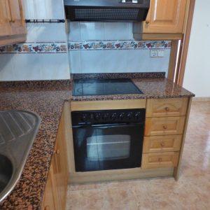 cocina-piso-torrevieja-playa