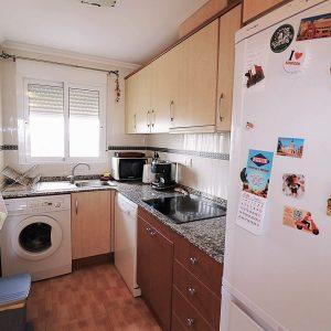 comprar-apartamento-guardamar-cocina