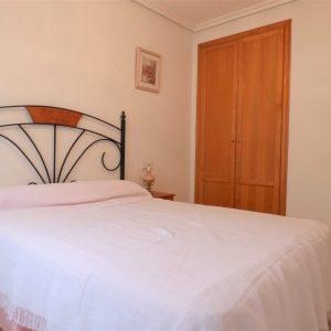 dormitorio-piso-guardamar-1