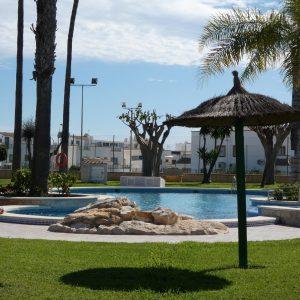foto-13-bungalow-piscina-comunitaria