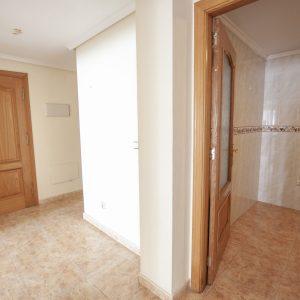 pasillo-apartamento-torrevieja-1