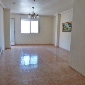 salón-apartamento-torrevieja-playa